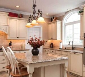Кухня 13 кв. м. — фото красивого дизайна и удачной планировки. Схемы зонирования, выбор мебели, сочетание интерьера по цвету